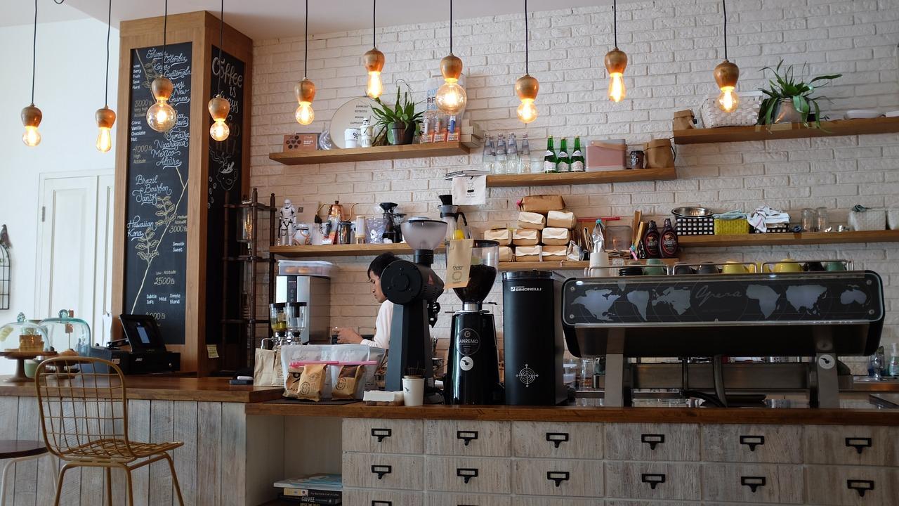 Meja Cafe yang Bagus